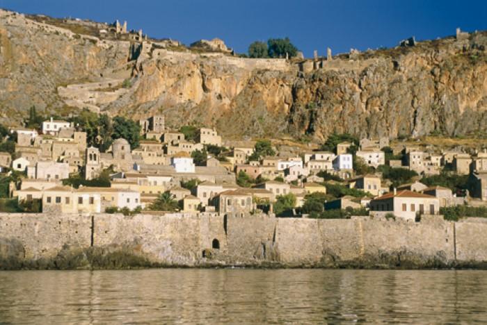 مدينة مونيمفاسيا في اليونان التي تقع على بيلوبونيز