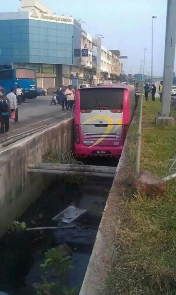 أغرب حوادث السيارات في العالم