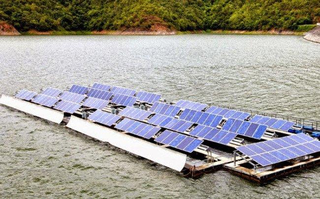 Mobile-Solar-Gadgets-41-650x404
