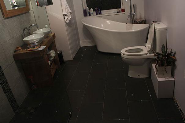 أرضية حمام2