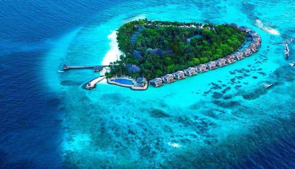 منتجع في المالديف
