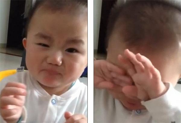 طفل يتذوق الليمون للمرة الأولى