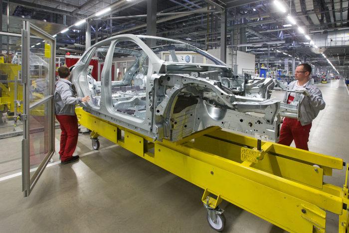 مصنع سيارات بورش في لايبزيغ