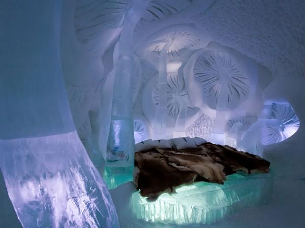 Ice-Hotel-600x449