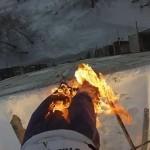 مغامر يحرق نفسه