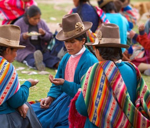 أزياء القبائل القديمة