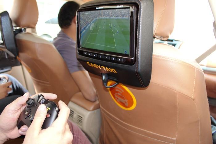 إيزي تاكسي و شركة مايكروسوفت تضعان أجهزة أكس بوكس في سيارات الأجرة داخل المملكة العربية السعودية
