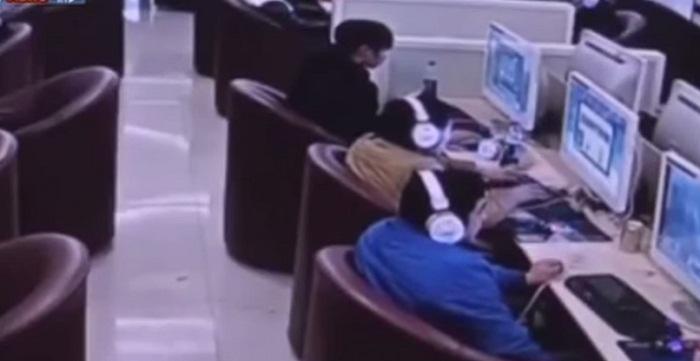 فيديو الإدمان-على-الإنترنت