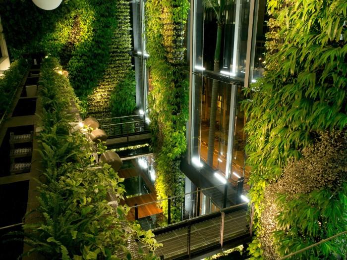 حديقة معلقة في سنغافورة
