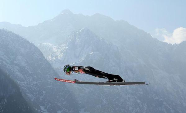 متسابق تزلج يتدرب