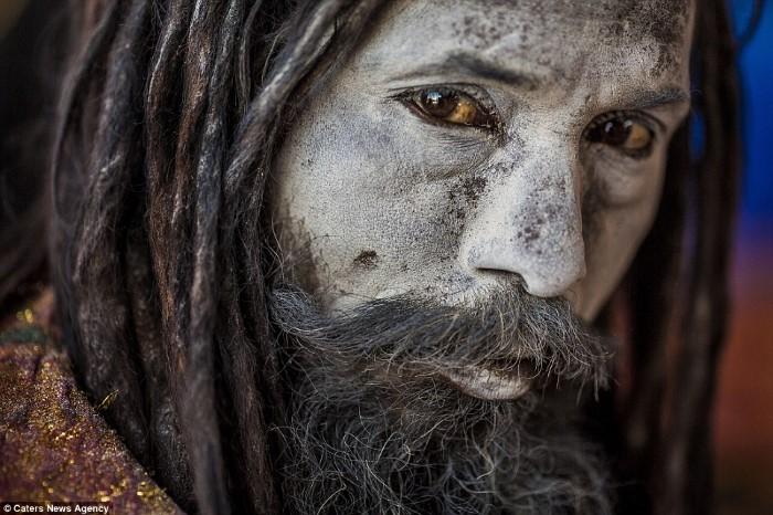قبيلة أغوري الهندية
