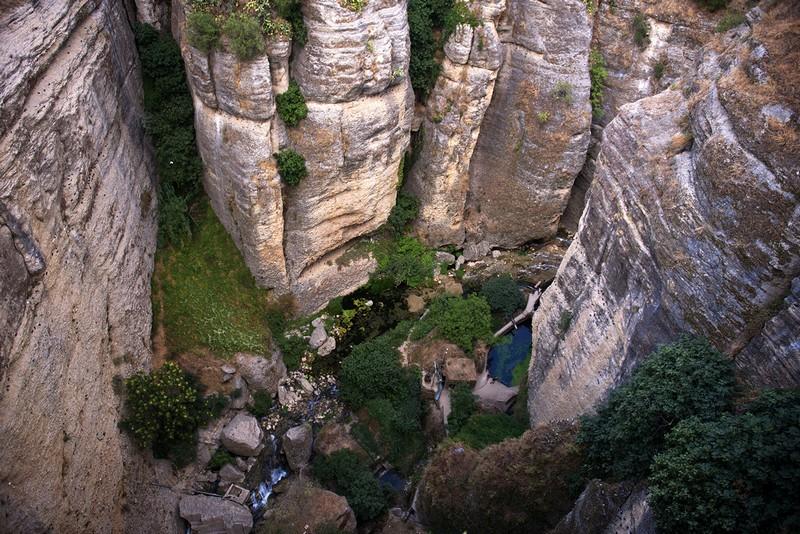 وادي عميق