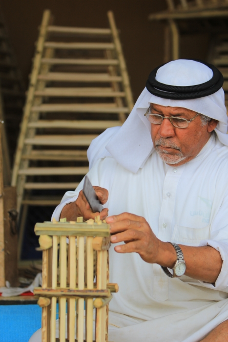 عبق التراث وغبار الهجير من مهرجان الهيئة الملكية بالجبيل