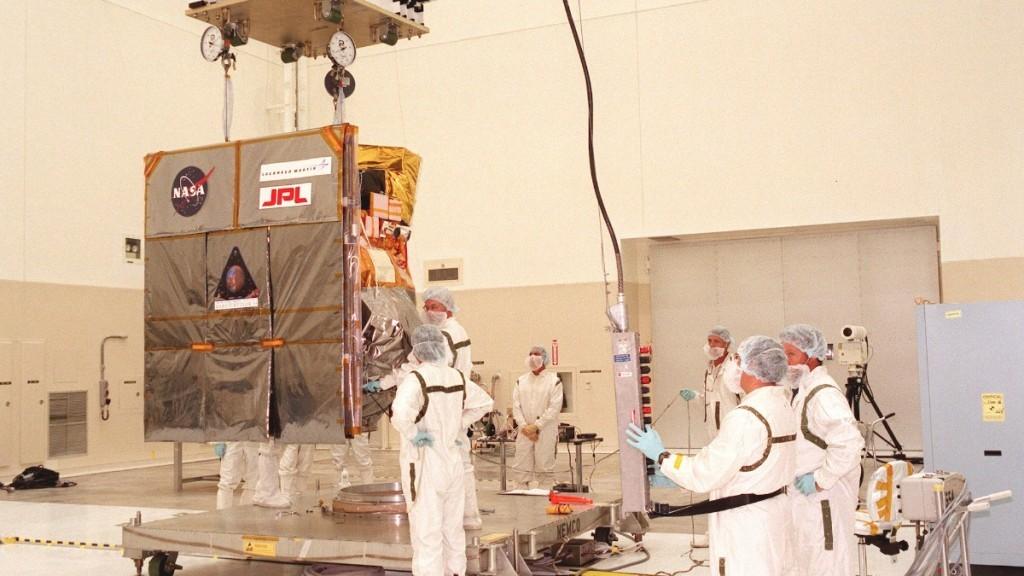 Mars Climate Orbiter spacecraft