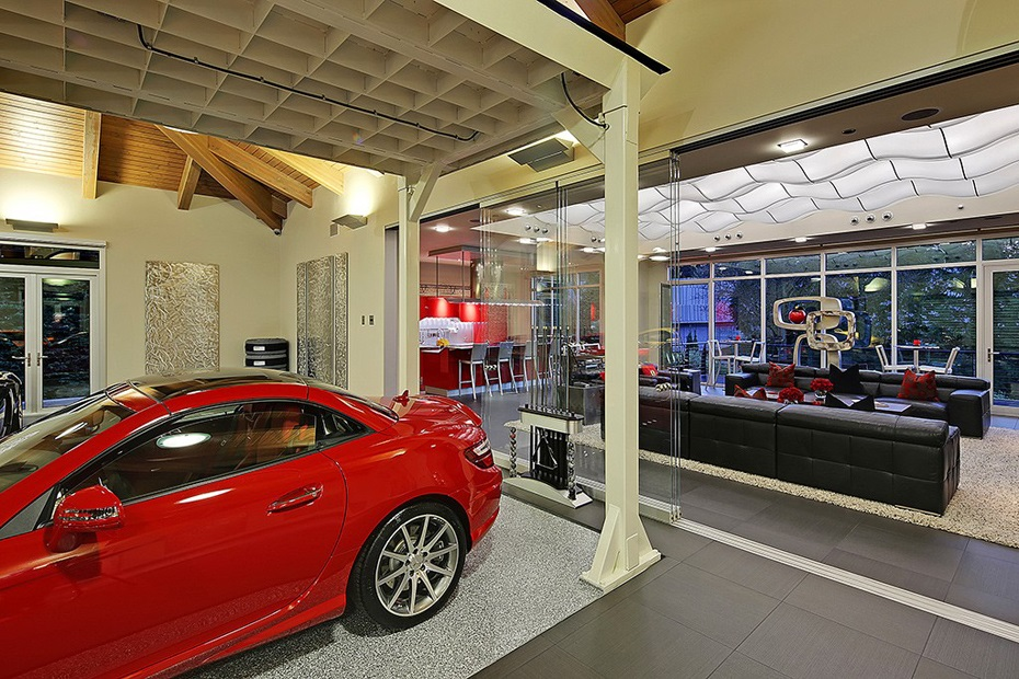 The Ultimate Car Collector Home in Washington 7