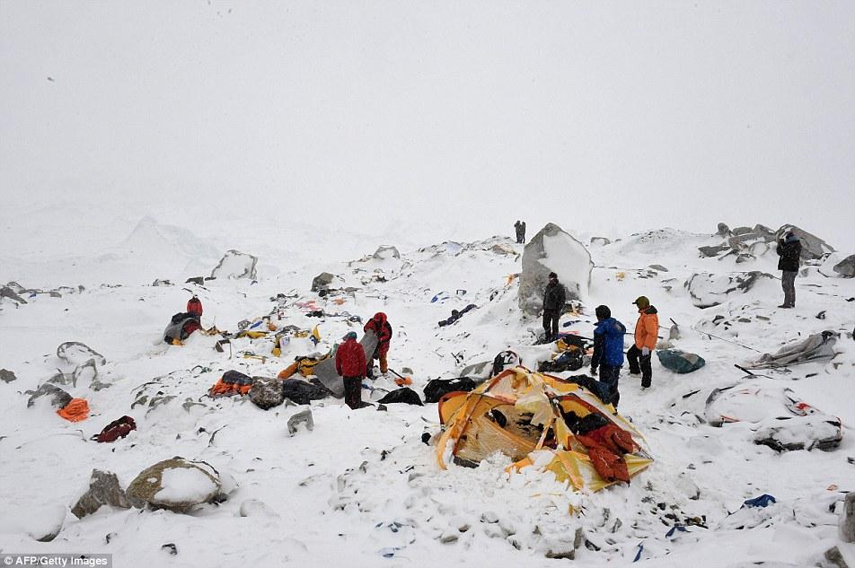 جبل إفرست 9