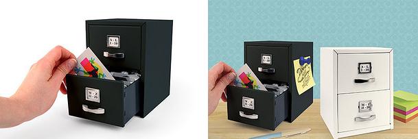 خزانة صغيرة لتخزين البطاقات