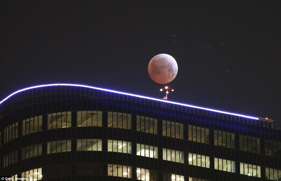 خسوف القمر 12