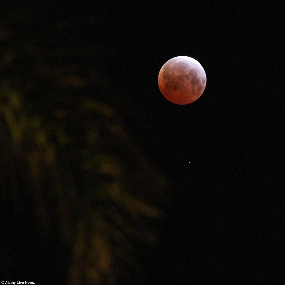 خسوف القمر 5