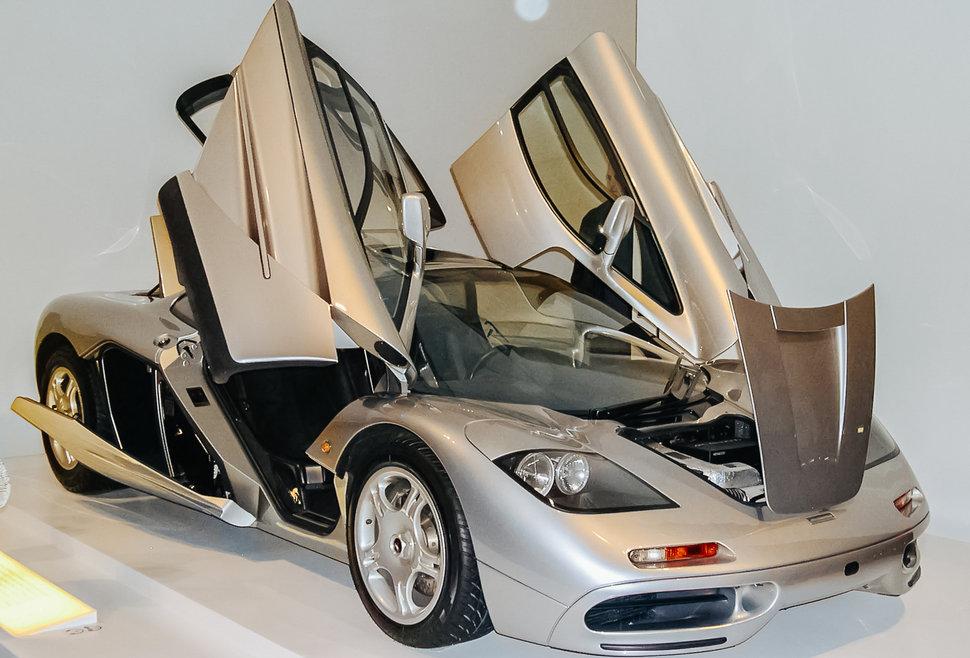 سيارات-التسعينيات (1) 