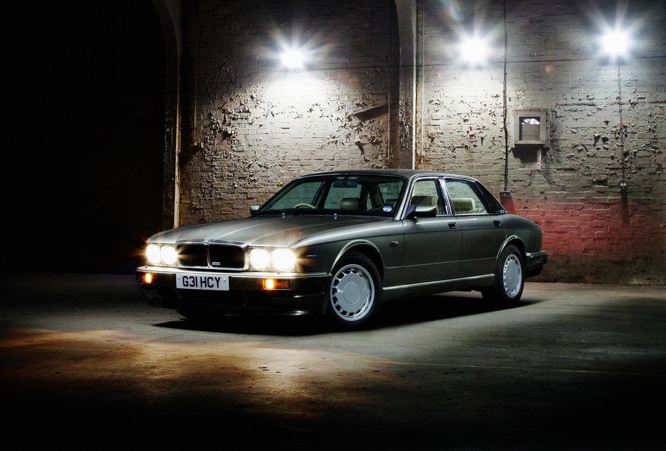 سيارات-التسعينيات (30191507) 