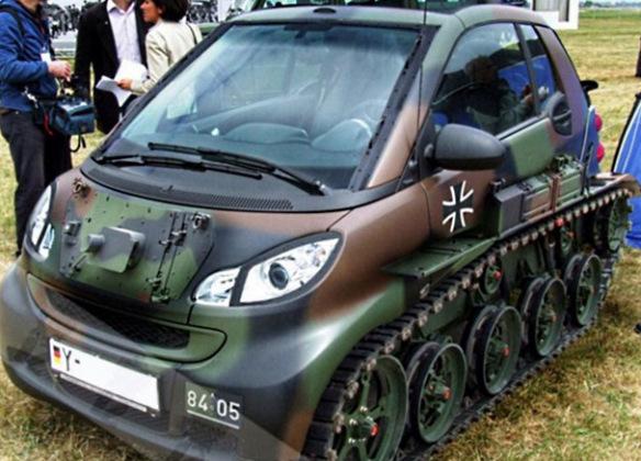 سيارة ذكية مستوحاة من الدبابة