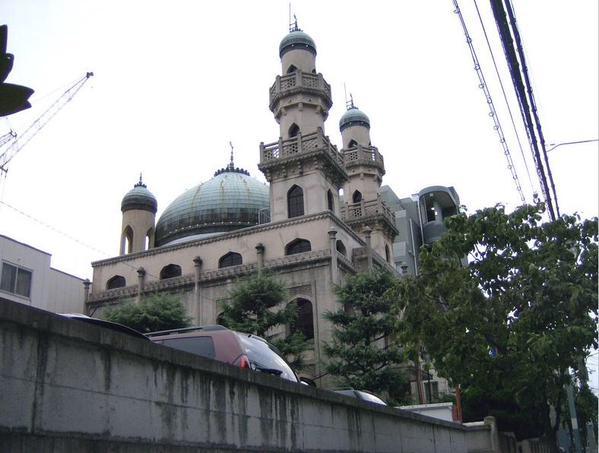 مسجد كوبي من أقدم المساجد باليابا
