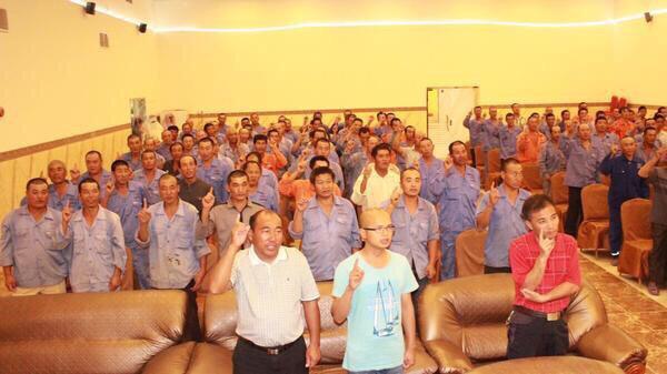 إسلام أكثر من 600 مهندس