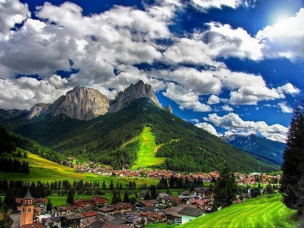 جبال دولوميت شمال إيطاليا