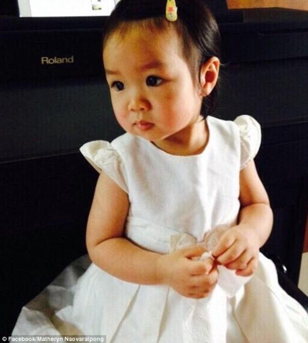 عائلة تايلاندية تجمد طفلتها لحين عودتها للحياة
