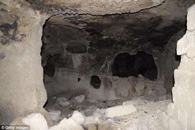غرفة تحت الأرض 2