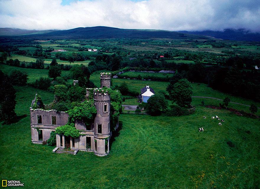 قصر مهجور