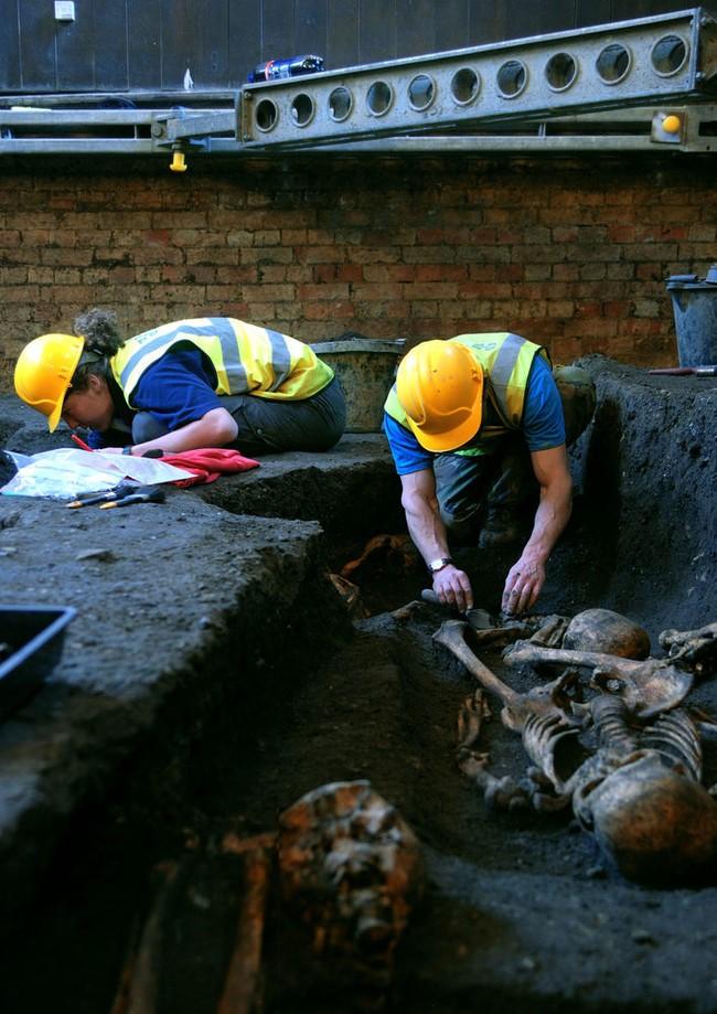 مقبرة غامضة تحت كامبريدج2