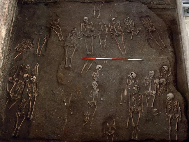 مقبرة غامضة في كامبريدج2