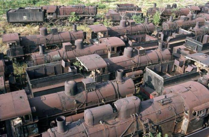 أكبر مقابر النفايات في العالم