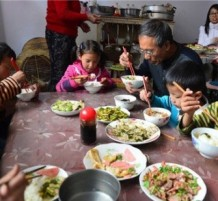 chinese couple have adopted over 40 kids