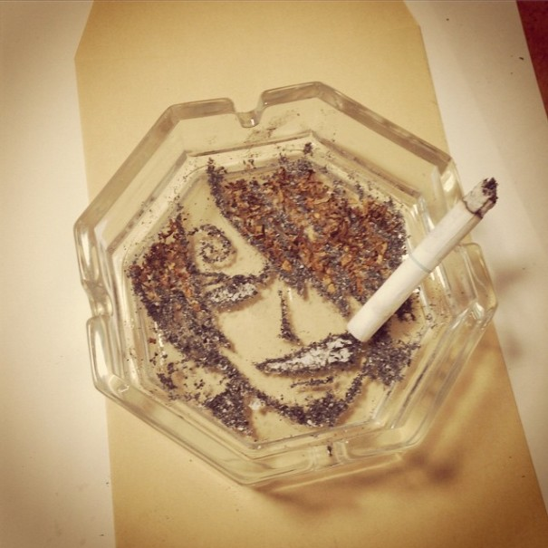 رماد السيجارة 1