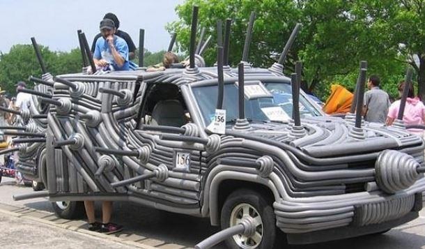 سيارة من تصميم دكتور سوس