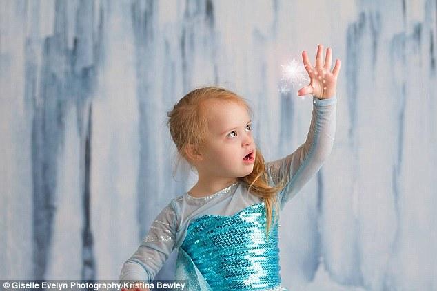 طفلة تصبح أميرة من أميرات ديزني