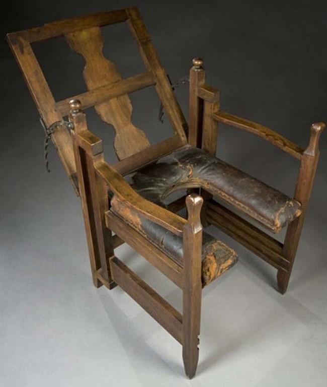كرسي الولادة