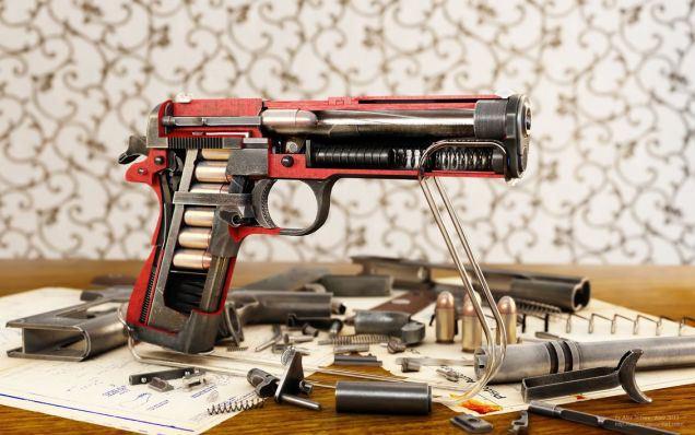 مسدس كولت 45