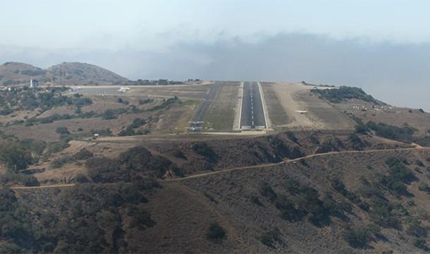 مطار كاتالينا