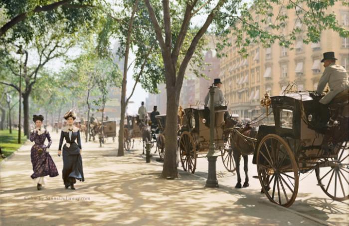 موقف عربات الأجرة في ماديسون سكوير بارك في نيويورك، (كاليفورنيا 1900)
