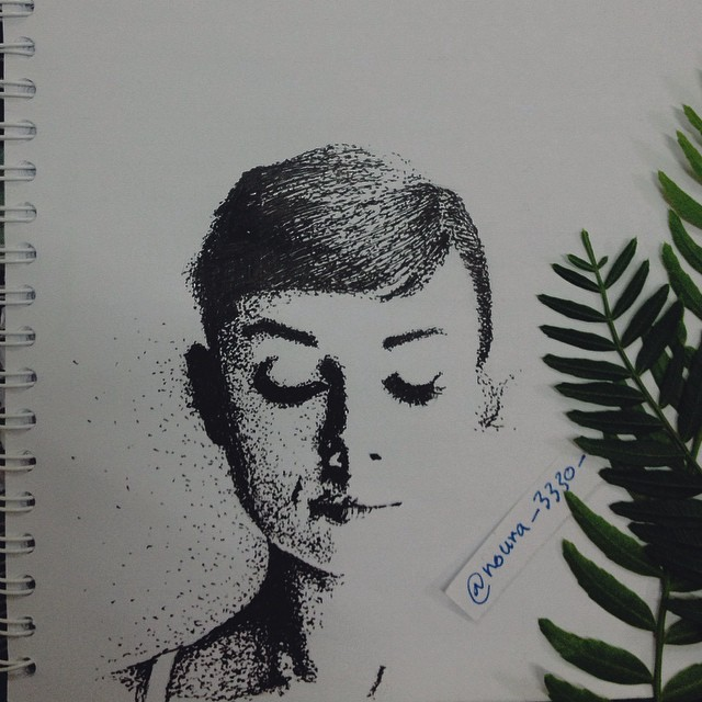 رسم الوجوه البشرية بطريقة فريدة