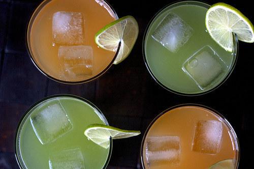 المشروبات المنعشة الطبيعية  عصير البطيخ أغوا فريسكا