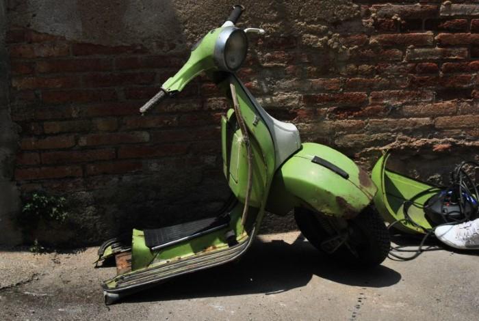 تحويل الدراجات النارية القديمة إلى أثاث فاخر