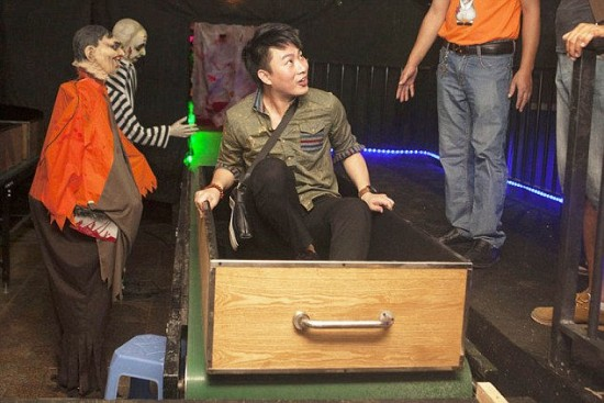لعبة لمحاكاة الموت بالحرق في الصين