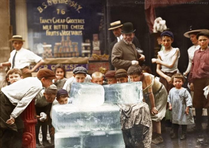 لعق كتل من الجليد خلال موجة الحر، نيويورك (1912)