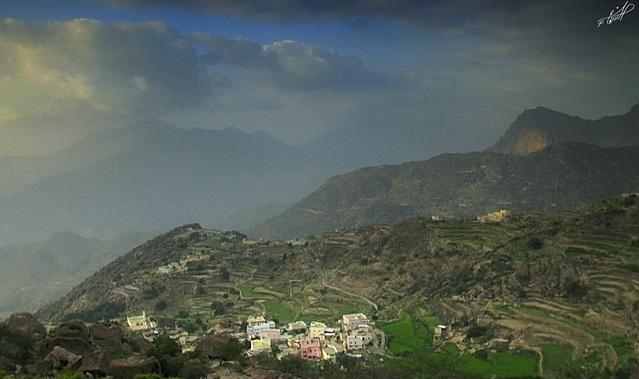 الطبيعة الساحرة في جبال تهامة بللسمر التابعة لمحافظة محايل عسير