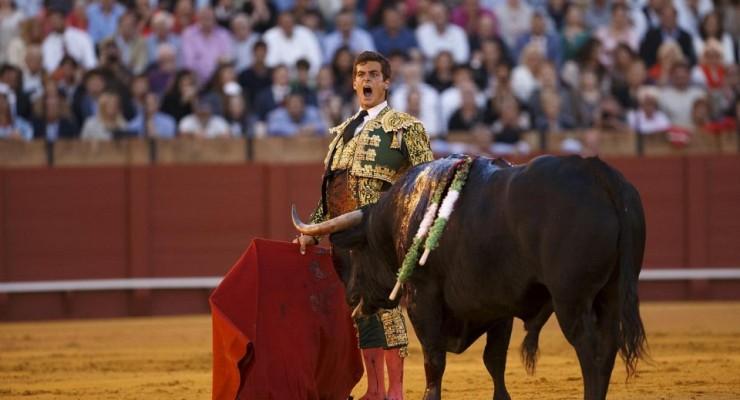 مصارعة الثيران ، عشق الأسبان منذ الأزل